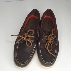 Sperry leather brown loafers.